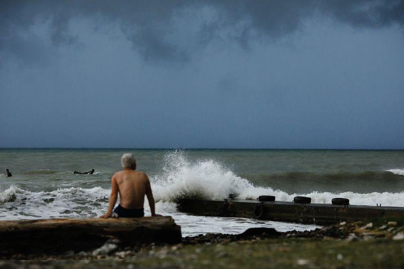 серфинг сочи море шторм photo preview