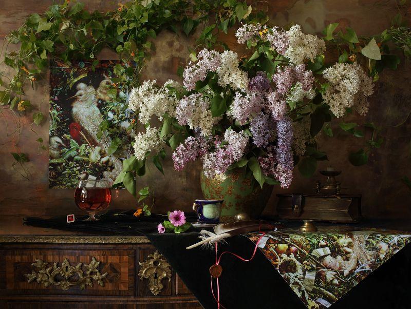 цветы, сирень, картина, птицы, книги, букет, весна Натюрморт с цветамиphoto preview