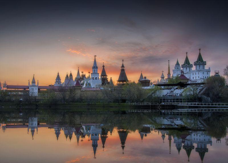 кремль,весна,закат,вода,отражения,россия,измайлово  Измайловский кремльphoto preview
