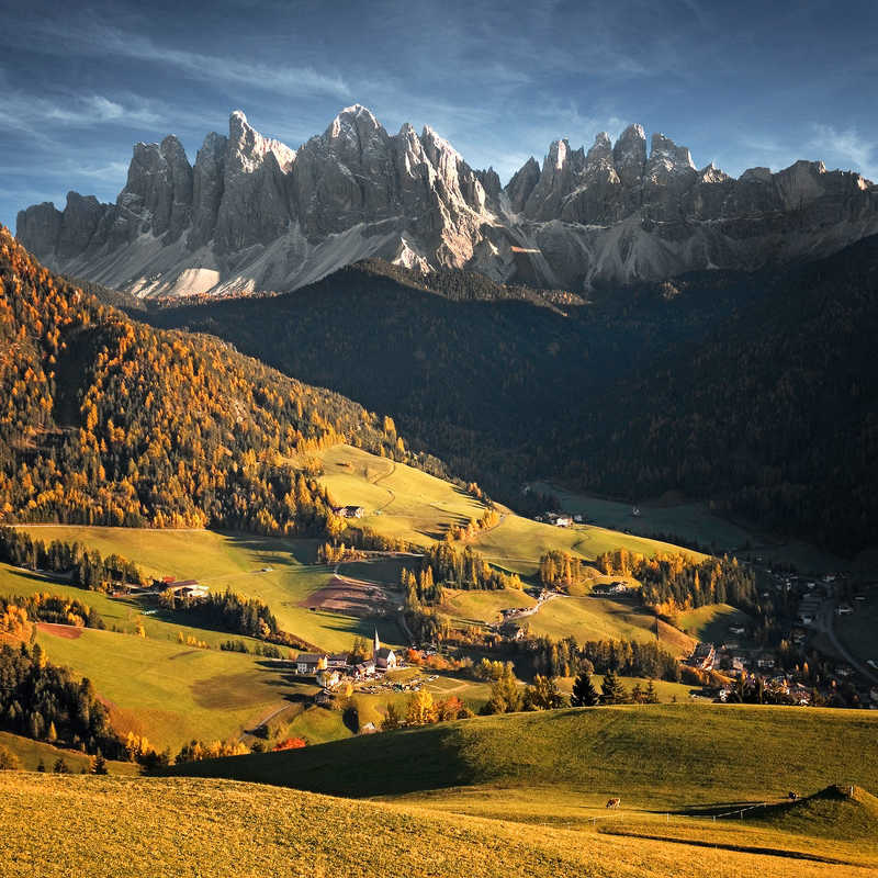 Dolomite Valleyphoto preview