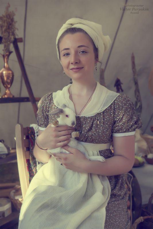 Женский портрет с кроликом...photo preview