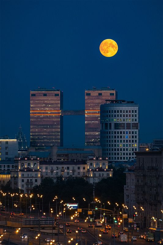 full-moon, city, moscow, full moon, night, москва, полнолуние, ночь [the day of the full moon]photo preview