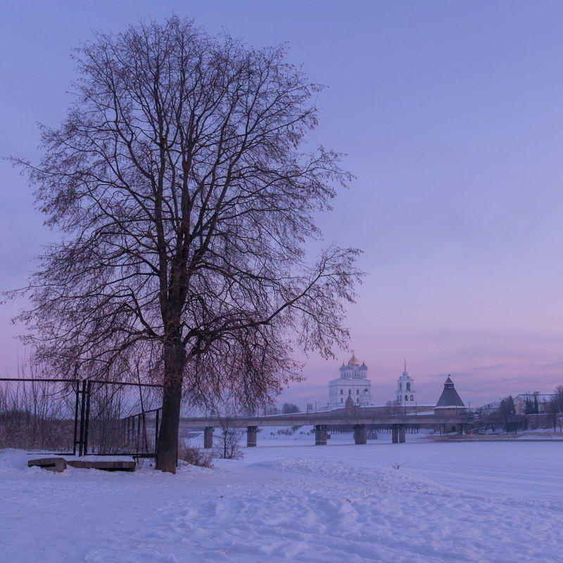 мороз, снег, зима, утро, Псков, Pskov, река, Великая, Кром, Кремль, Krom, Kremlin Зимнее утроphoto preview