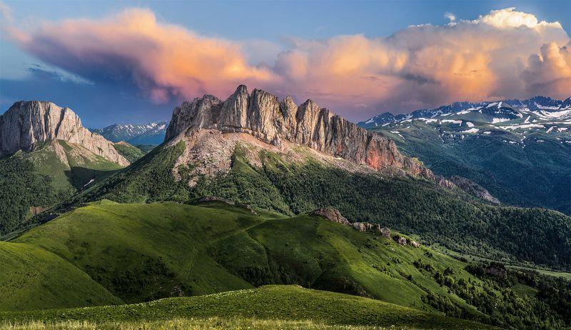 ачешбоки, чертовы ворота, адыгея, большой тхач, горы, закат Идет гроза.photo preview