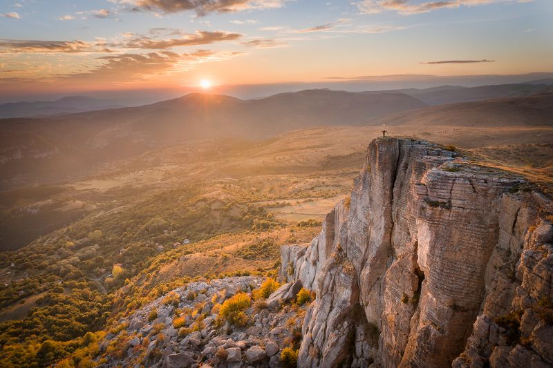 #people #bulgaria #ponor #mountains #nature #sunset #autumn Насколько мы малы...photo preview