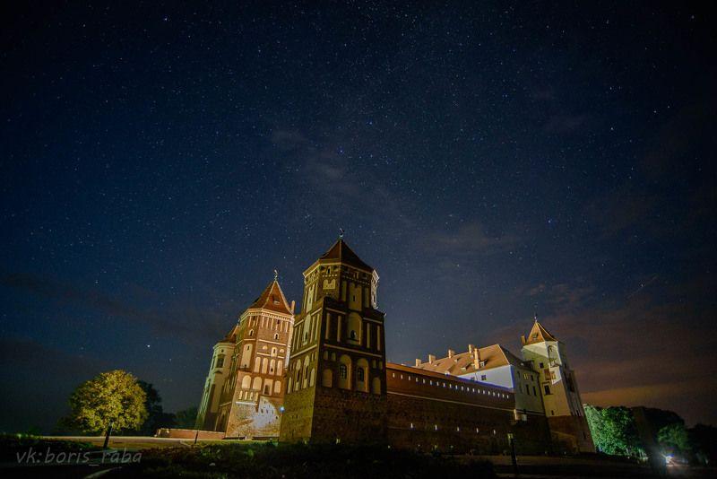 замок, ночь, архитектура, трэвел Мирский замок ночьюphoto preview