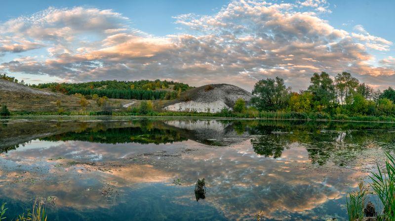 пейзаж, природа, озеро, облака, холмы, осень Зеркальная гладьphoto preview