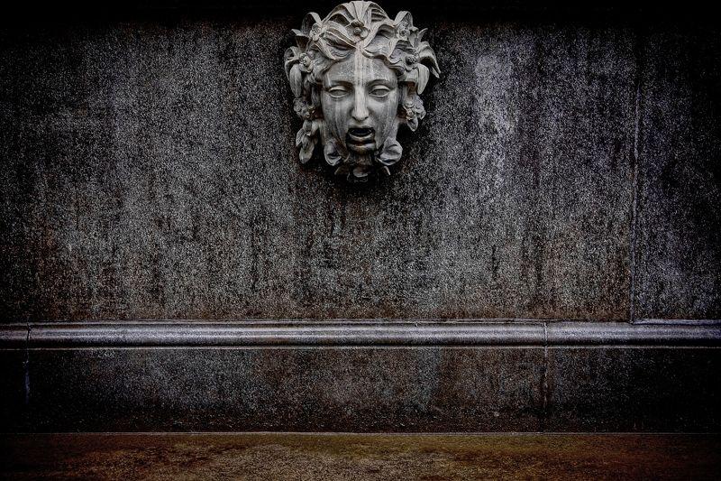 фонтан, петродворец, голова, петергоф, фонтаны, камень ghosts of Peterhofphoto preview