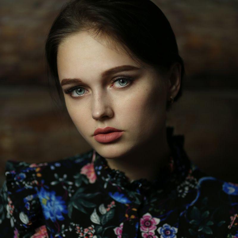 портрет, портрет девушки, ретро портрет Евгенияphoto preview