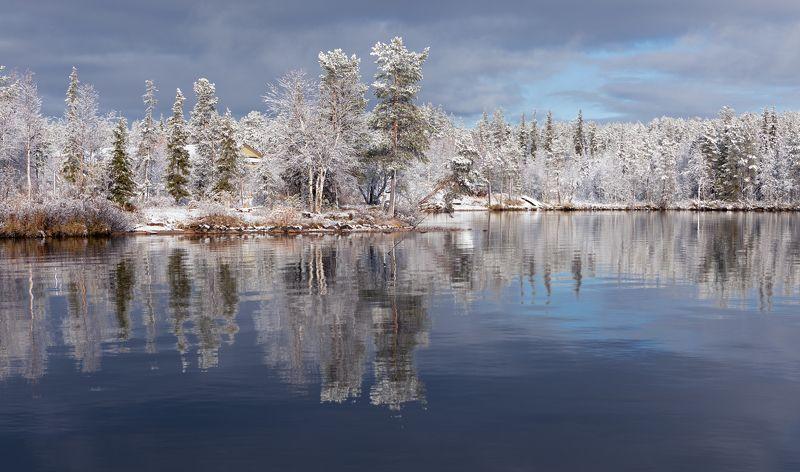 здесь осень встретилась с зимою.photo preview