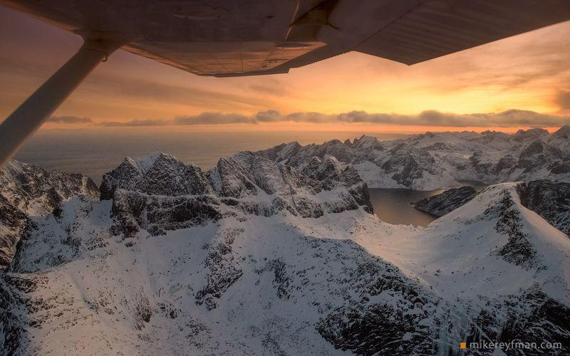 lofoten, nnorway, winter, cold Холодное утро над Лофотенамиphoto preview