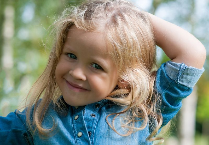 girl,children smilingphoto preview