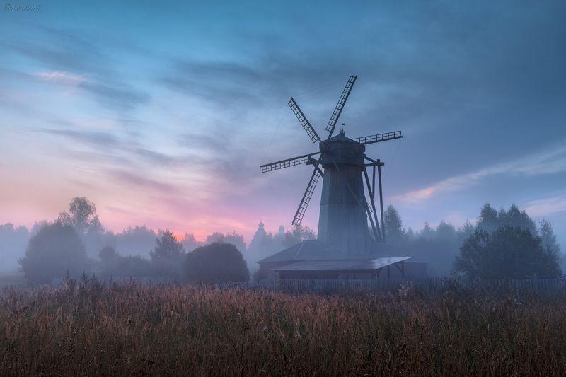 мельница, истра, подмосковье, туман, рассвет Рассвет у мельницы фото превью