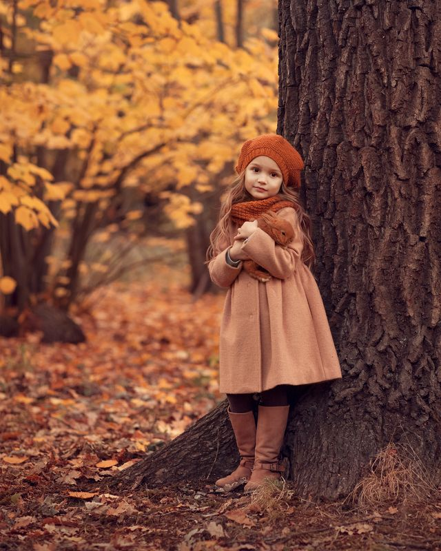 осень, кролик, желтые листья осеньphoto preview