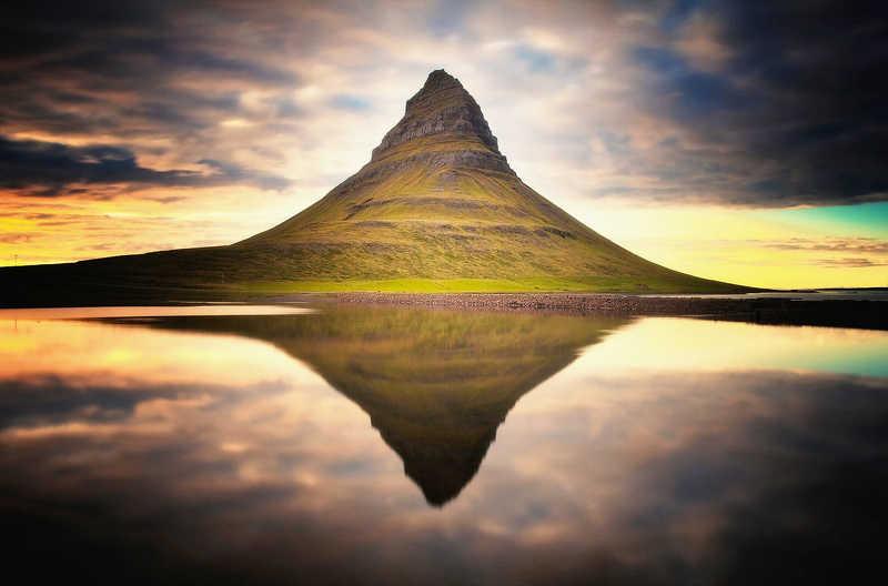 Mt. Kirkjufellphoto preview