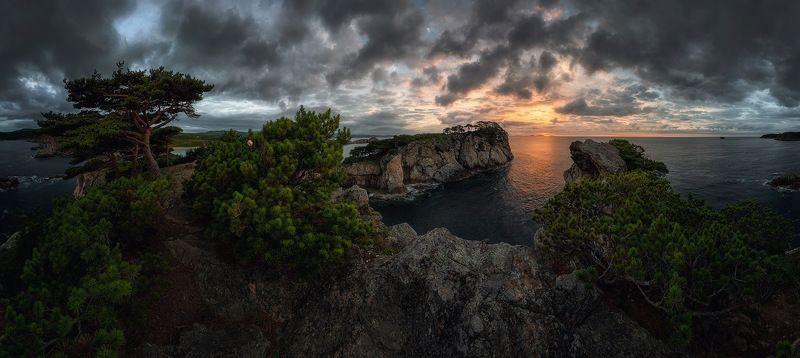 приморский край море солнце рассвет владивосток заповедник скалы Суровое Приморьеphoto preview