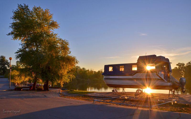 утро, рассвет, октябрь, праздник покрова В Светлый праздник Покрова даже солнца светит два!photo preview