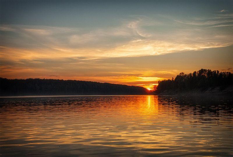 закат, лето, река, небо, облака, отражение, солнце Последний луч...photo preview