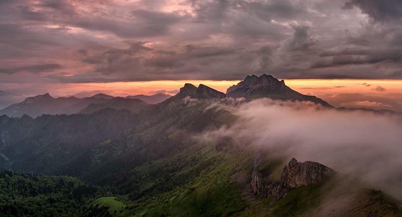 закат, большой тхач, малый тхач, асбестная, горы, пейзаж, рассвет, кавказ, адыгея, радуга, ачешбоки, облака, заповедник, Закат на Тхачахphoto preview