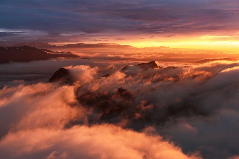 закат, большой тхач, малый тхач, асбестная, горы, пейзаж, рассвет, кавказ, адыгея, радуга, ачешбоки, облака, заповедник, Над облакамиphoto preview