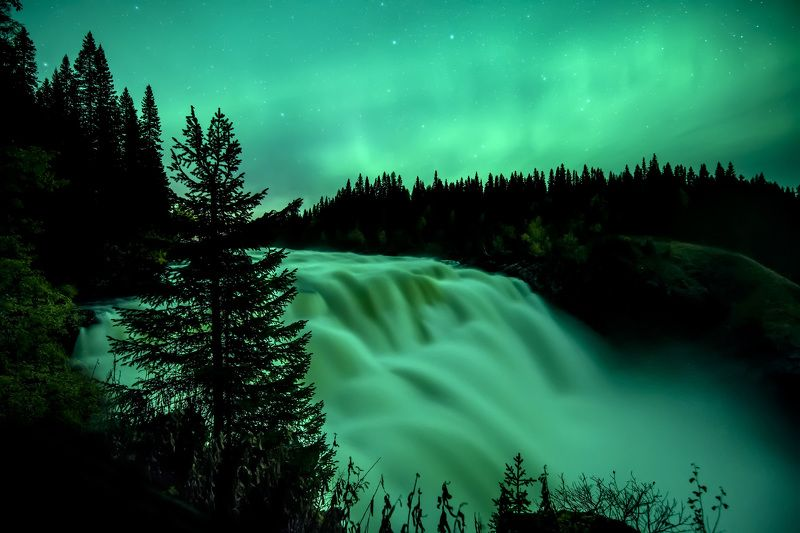 waterfall, norway, aurora, northern light, green, night, landscape, long exposure Tannforsenphoto preview