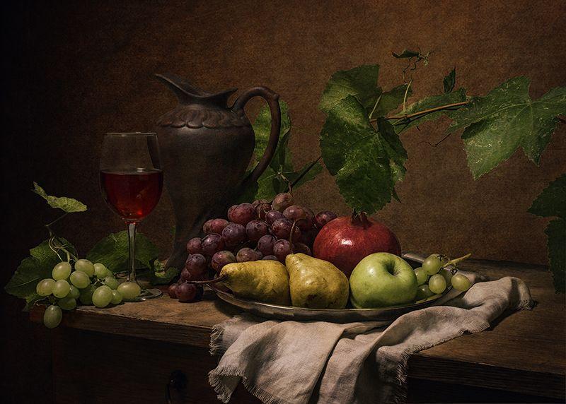 яблоко,вино, кувшин, виноград, груши, гранат, лоза, натюрморт ***photo preview