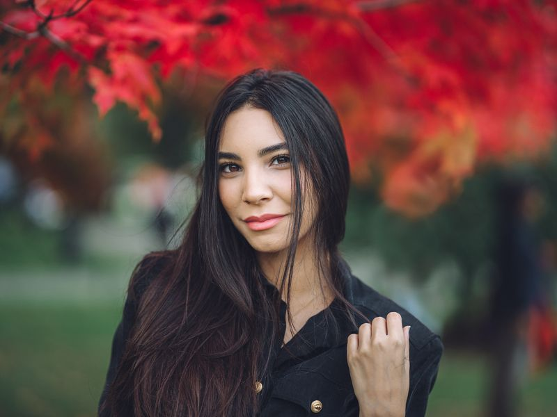 beauty, portrait, girl, young, female, red leaves Salmaphoto preview
