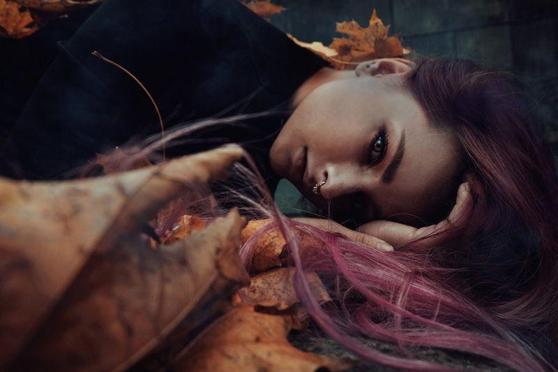 .grieving autumn.photo preview