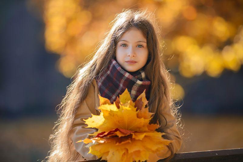 осень, осенний портрет Девочка-осеньphoto preview