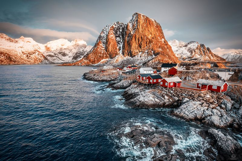 рассвет, небо, горы, вода, камни Визитная карточка / Norway / Hamnoyphoto preview