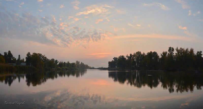 утро, рассвет, река, восход, отражения, симметрия Сказка утраphoto preview