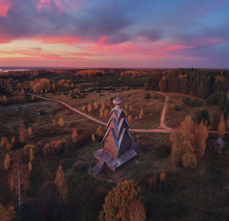 Ширков погост на берегу озера Вселуг, Тверская областьphoto preview