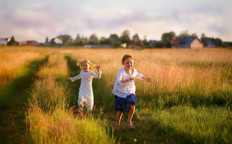 дети, детство, истории из детства, радость, лето, каникулы, трава, поле, покос, счастье, красота, природа, пейзаж, портрет Истории из детства. Мое деревенское лето. photo preview