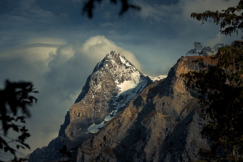 switzerland. alps. sky. Eigerphoto preview