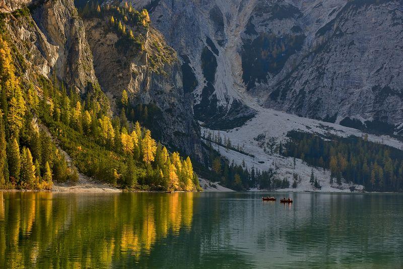 Lago di Braies, Dolomites, Italy Lago di Braiesphoto preview