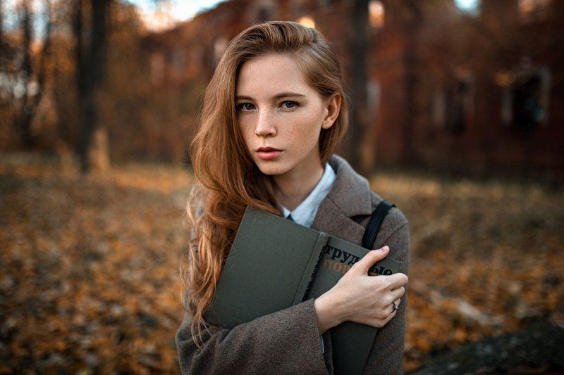 девушка, портрет, дом, свет Настяphoto preview