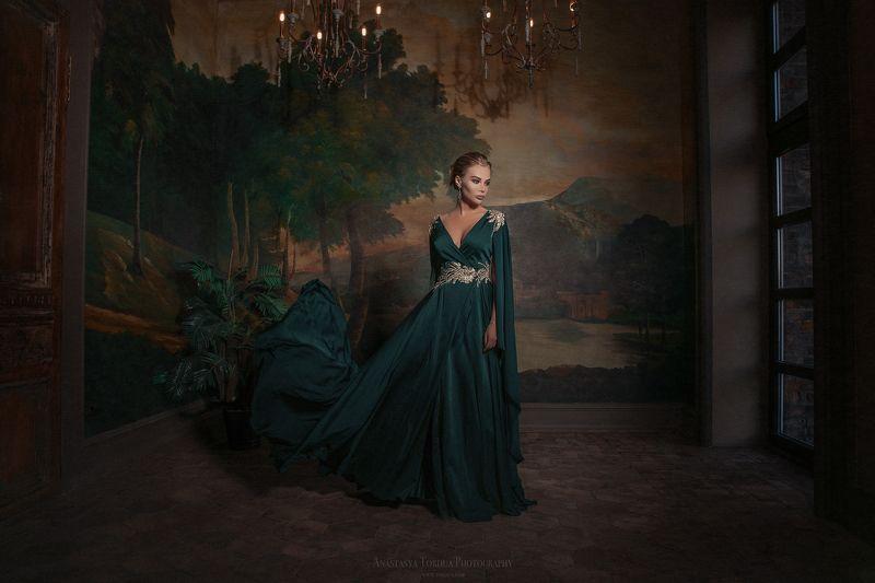 италия платье ветер киносвет Миша Калианиphoto preview