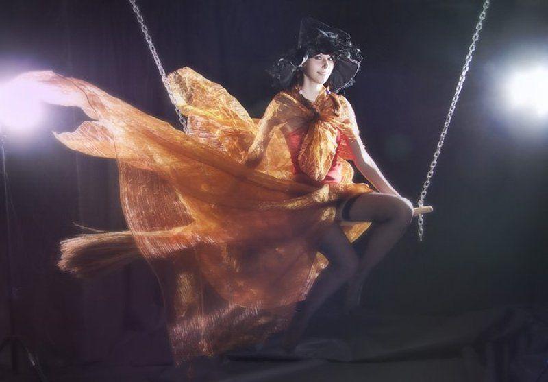 метла, ведьма, девушка, ветер ***photo preview