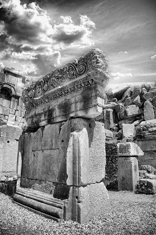 дэмре, амфитиатр, колонны, памятник, история Замурованные временемphoto preview