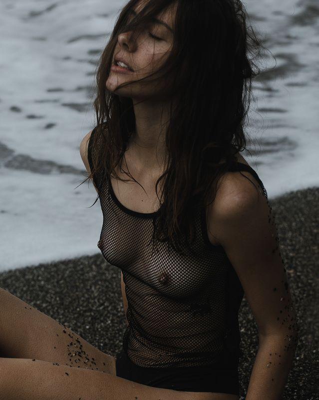 модель ню море шторм photo preview