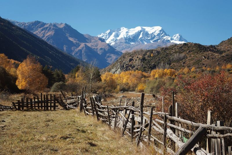 эльбрус, осень, кабардино-балкария, горы Приэльбрусье в октябреphoto preview