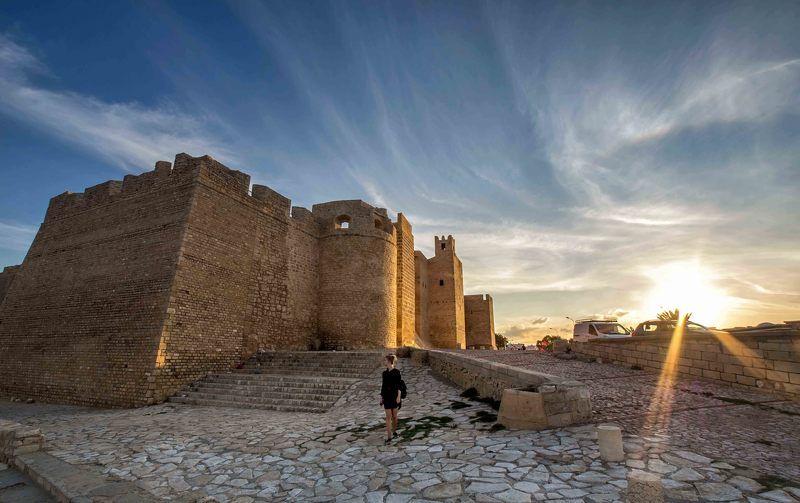 город, крепость Рибатphoto preview