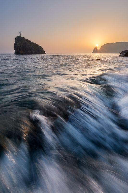 крым, пейзаж, скала, море Георгиевская скала и мыс Фиолент на закатеphoto preview