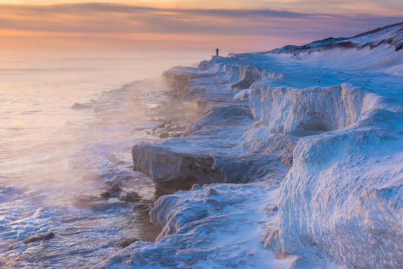 сахалин, зима, зимовканасахалине Один во льдахphoto preview