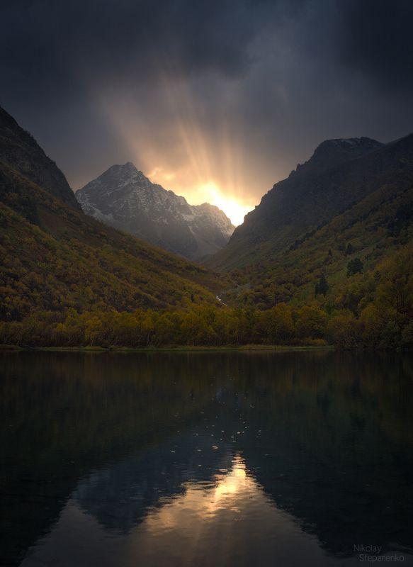 кавказ, карачаево-черкесия, домбай, бадукское озеро, тебердинский заповедник, горы, лес, осень Бадукское озероphoto preview