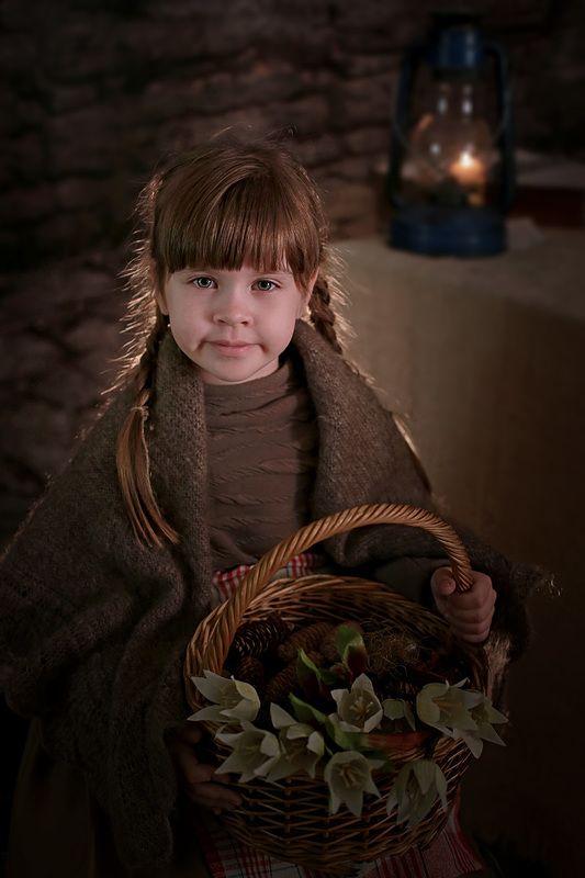 дети портрет сказка девочка 12 месяцев Двенадцать месяцевphoto preview