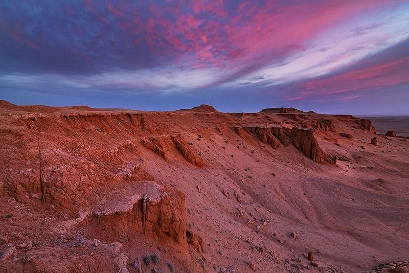 монголия, баянзаг, рассвет, скалы, пылающий Утро на пылающих скалахphoto preview