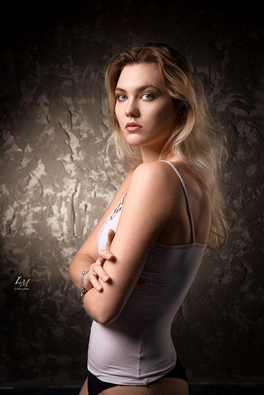 портрет, девушка, студия, фотограф москва, портретный фотограф, москва Еленаphoto preview