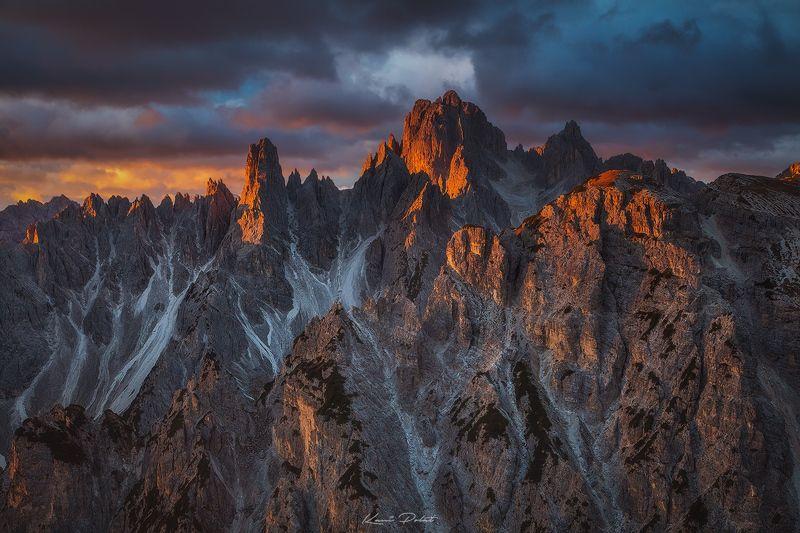 Peaks on fire фото превью