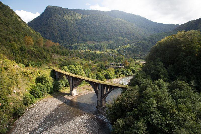 фото , цвет , пейзаж , природа , мост , река , город-призрак , абхазия Заброшенный мостphoto preview